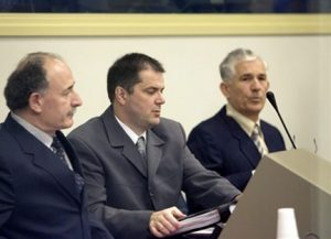 tpi_officiers_serbes_vukovar432